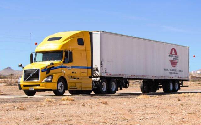 truck-1499377_1920